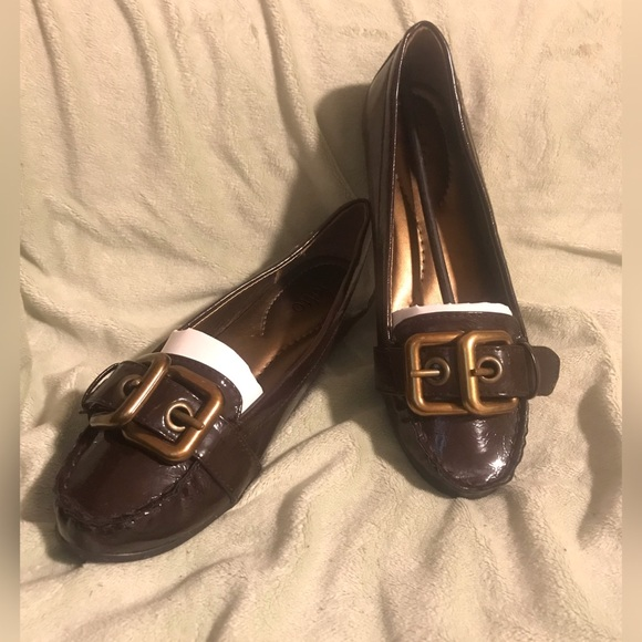 Rialto Shoes - NEW Rialto Brown & Gold Double Buckle Loafers 8
